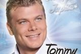 Tommy-van-den-Hurk-voorkant-hoes-Mars-of-Jupiter